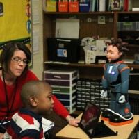 Fellows group hears about challenges at Florence elementary school