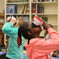 Virtual reality brings worldwide field trips to McLaurin Elementary in Florence